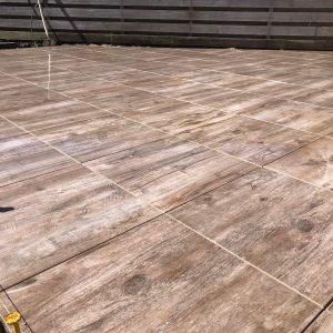 keramische-terrastegel-directtuinshop-60x60-geoceramica-timber-noce